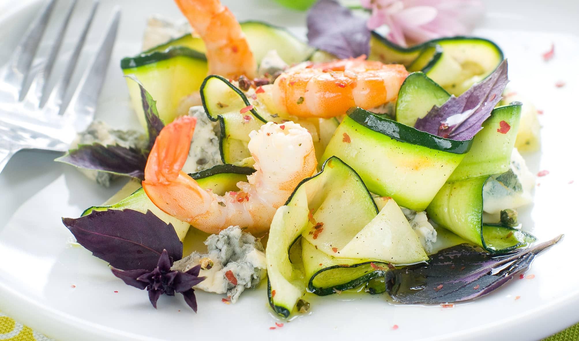 Carpaccio de concombre aux crevettesrecette anform magazine santé bien-être