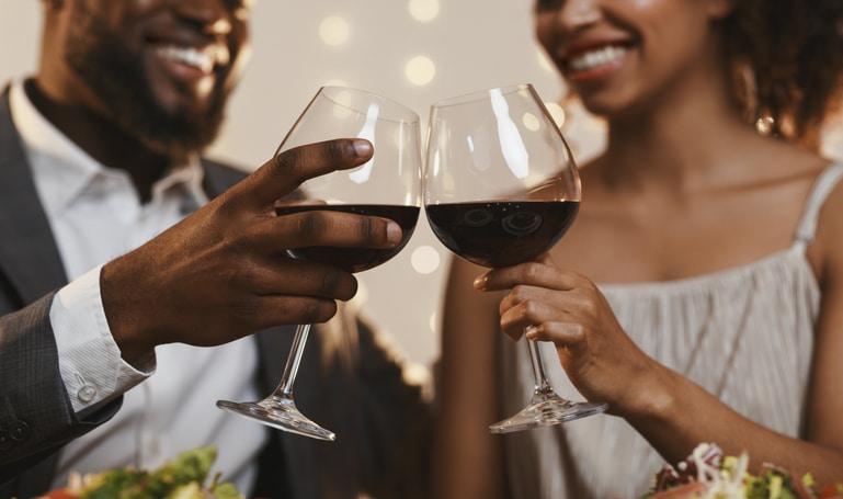Fêtes : 7 astuces pour boire avec modération
