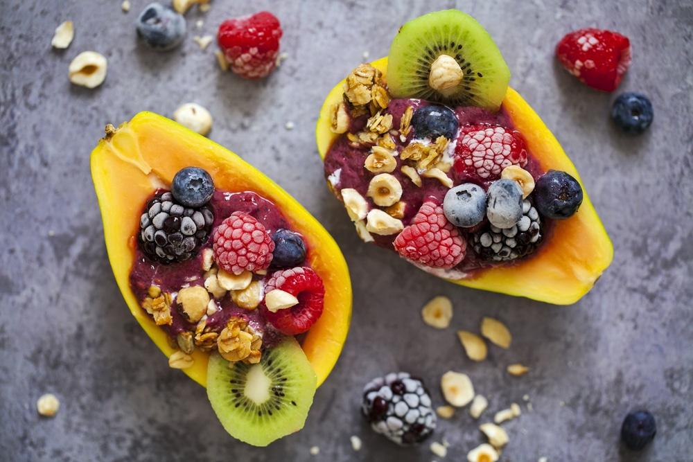 Papaya bowl aux fruits et muesli-recette