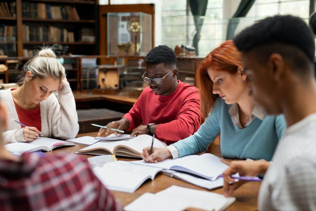 travail en groupe révision
