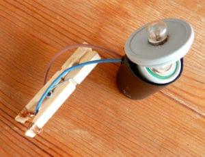 lampe de poche bricolage enfant magazine anform pince a linge ampoule